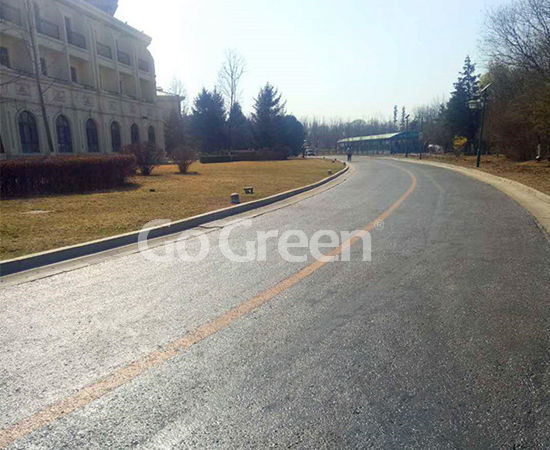 سدادة رصف الإسفلت في مشروع تجديد طريق فندق 5 نجوم